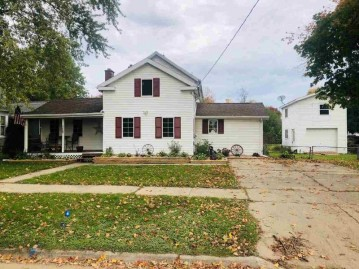 122 W Liberty St, Evansville, WI 53536