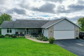 10885 Cave Of The Mounds Rd, Blue Mounds, WI 53517