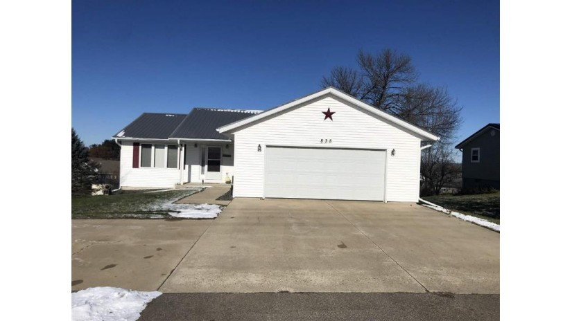 838 K St Reedsburg, WI 53959 by First Weber Inc $169,900