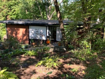 1127 Merrill Springs Rd, Madison, WI 53705