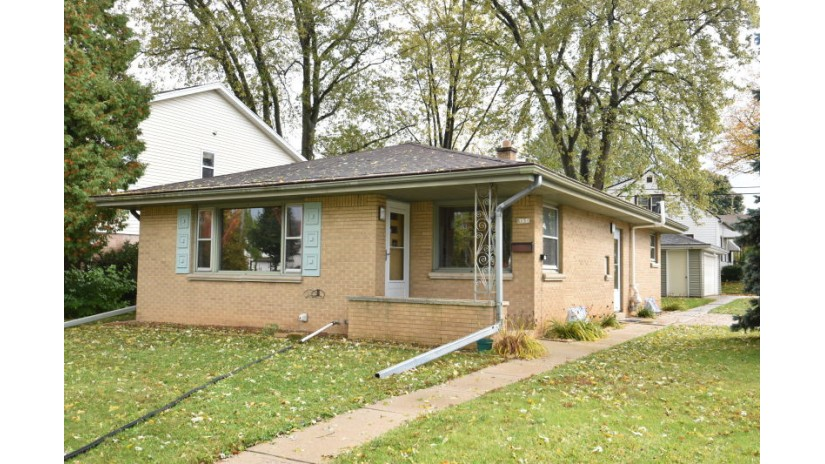 8131 W Morgan Ave Milwaukee, WI 53220-1033 by Shorewest Realtors $159,991