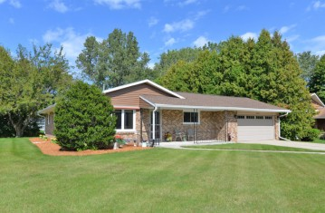 544 4 Mile Rd,Caledonia,WI 53402-2208