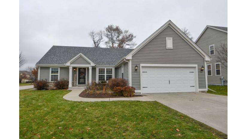 330 Howell Ave Waukesha, WI 53188-2677 by Shorewest Realtors $317,500
