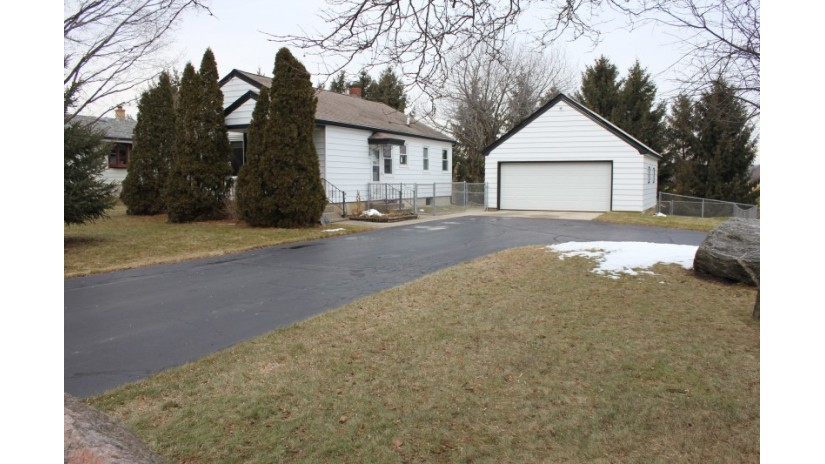 3006 County Highway Nn West Bend, WI 53095-9282 by Shorewest Realtors $184,900