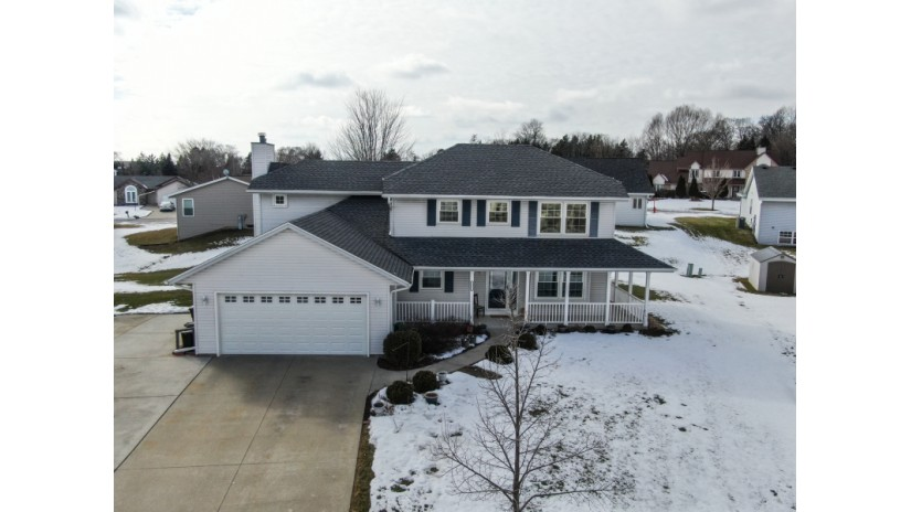9351 S 44th Ct Franklin, WI 53132-8838 by Shorewest Realtors $329,900