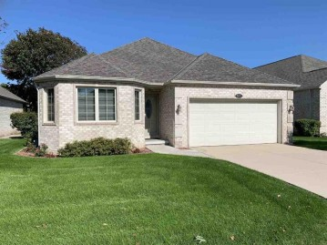 511 N Langlade Court, Allouez, WI 54301-1591