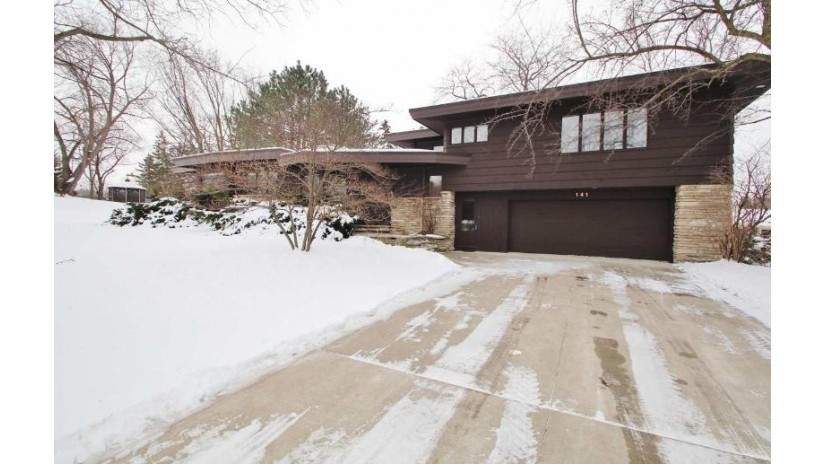 141 Rosemont Drive Allouez, WI 54301-2612 by Resource One Realty, LLC $292,400