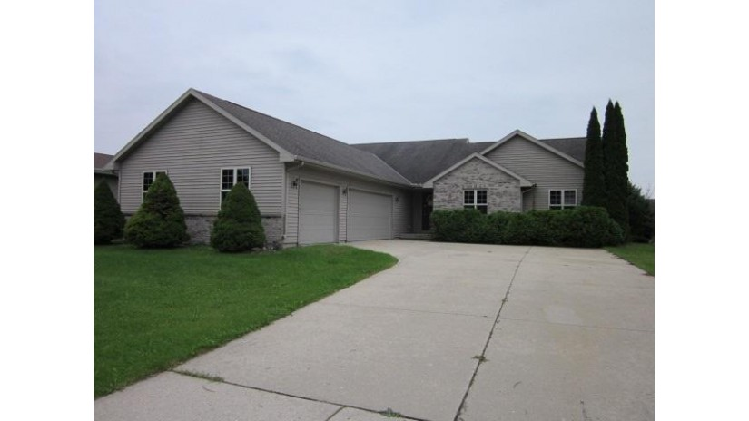 575 Spencer Dr Evansville, WI 53536-1064 by Century 21 Affiliated $214,900