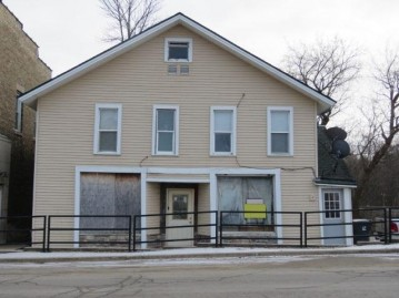 543 S Main St, Fall River, WI 53932-0000