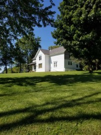 13040 Fort Defiance Rd, Willow Springs, WI 53530