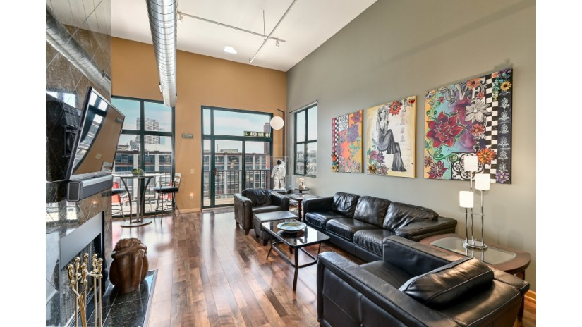200 S Water St 409 Milwaukee, WI 53204-1498 by Shorewest Realtors $499,900