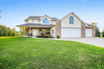 621 S Glenview Avenue, Brillion, WI 54110