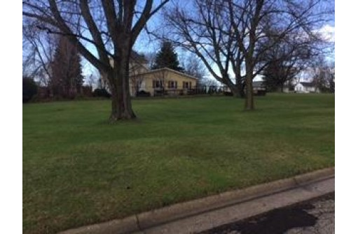 L2 18th Ave, Monroe, WI 53566