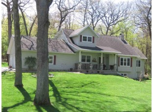 W1133 Spring Grove Rd Green Lake, WI 54941