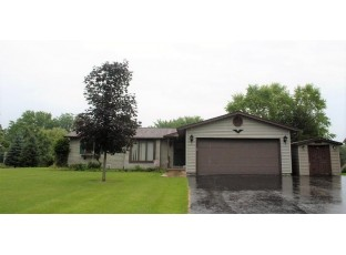 W3785 Orchard Ave Green Lake, WI 54941