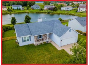 271 Stonefield Dr Lake Mills, WI 53551-1965