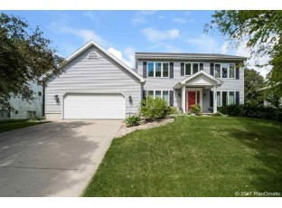 3402 Country Grove Dr Madison, WI 53719