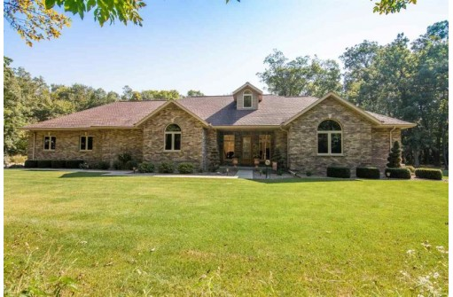 4135 S River Rd, Janesville, WI 53546-8926