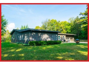 N7115 North Shore Rd Lake Mills, WI 53551