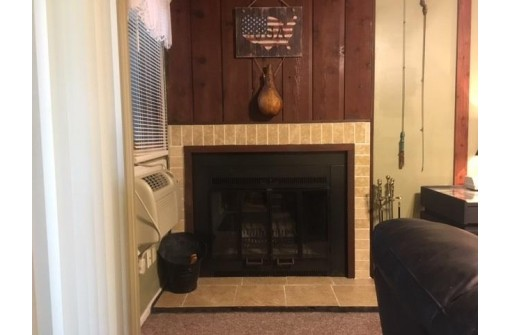 5 Spruce Tr, Wisconsin Dells, WI 53965