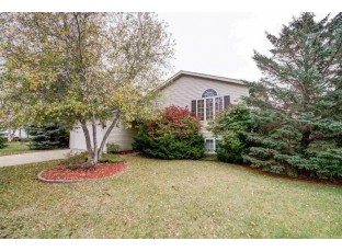 254 Wildflower Way Lake Mills, WI 53551