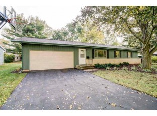 2305 Tawhee Dr Madison, WI 53711