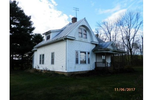 21035 County Road Q, Richland Center, WI 53581