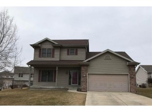 18 Woodcroft Cir Madison, WI 53719