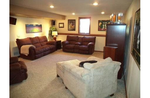 856 Tower Hill Dr, Milton, WI 53563
