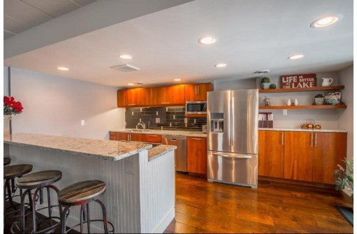 1029 Spaight St 5c, Madison, WI 53703