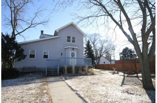 220 Commercial St, Brooklyn, WI 53521