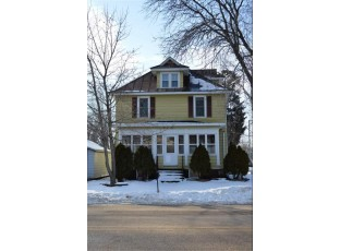 201 S Maple St North Freedom, WI 53951
