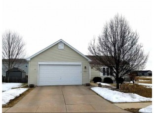 352 Stonefield Dr Lake Mills, WI 53551-1963