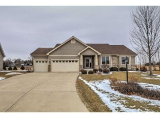853 Shooting Star Cir Deforest, WI 53532