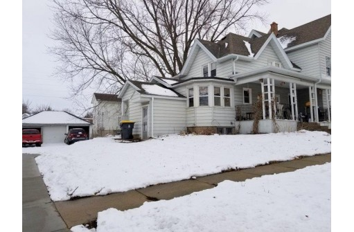 1122 11th St, Monroe, WI 53566