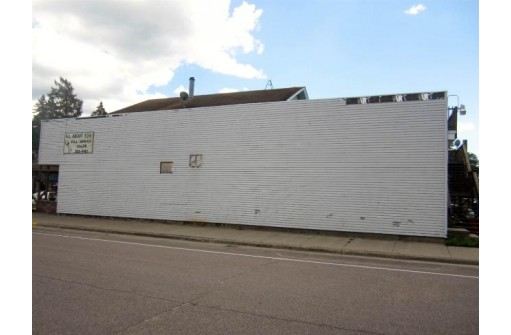 301 Main St, Friendship, WI 53934