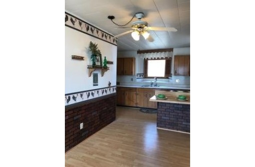 123 Clowney St, Mineral Point, WI 53565