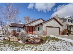 6534 Appleglen Ln Madison, WI 53719