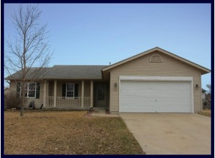 220 Stonefield Dr Lake Mills, WI 53551-1962