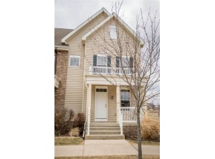 31 S Gardens Way Fitchburg, WI 53711