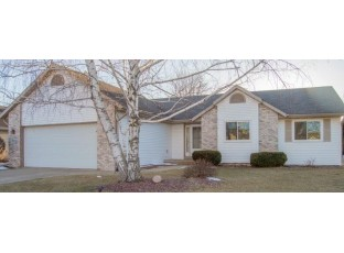 1382 Gray Hawk Way Sun Prairie, WI 53590