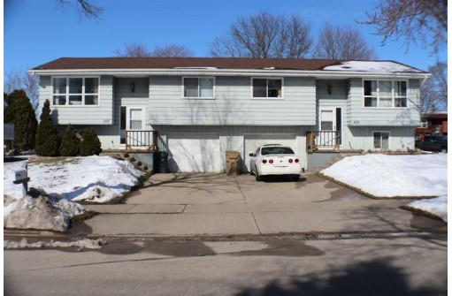 1117-1119 S Thompson Dr, Madison, WI 53716