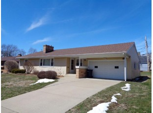1215 Home Park Ave Janesville, WI 53545