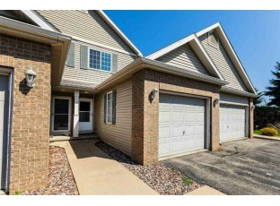 1325 Glacier Hill Dr 3 Madison, WI 53704
