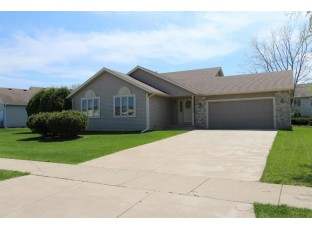 865 Dunn Ave Oregon, WI 53575