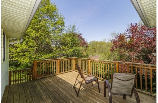 1728 Hickory Dr, Madison, WI 53705