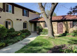 52 Golf Course Rd Madison, WI 53704
