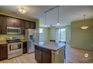 5831 Lupine Ln 201 Madison, WI 53718