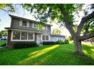 2203 Mole Ave Janesville, WI 53548