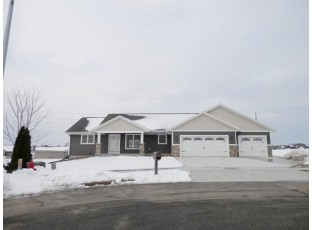422 Gannon Ct Tomah, WI 54660